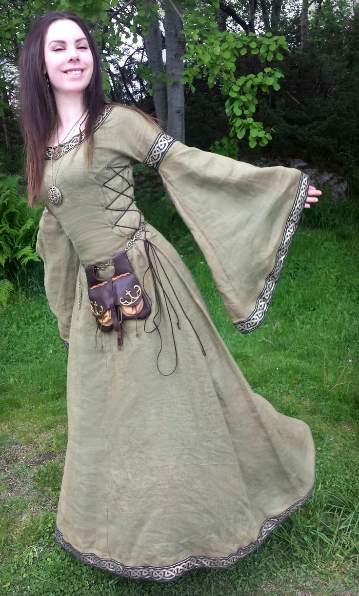 voiceofnature: Outfit day 1 at the medieval fair :)