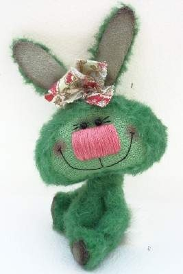 Mimzy by Thingumy & Co (.....such a silly looking rabbit....makes me giggle.  tee.hee.)