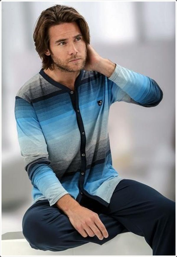 Look good and feel good with this colorful yet comfortable shirt.