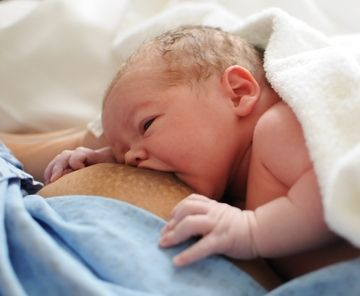 Breast milk oversupply!!! Foremilk hindmilk imbalance ~ What causes this and how can you correct it.