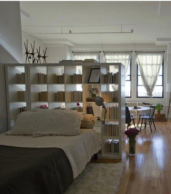 ワンルームを間仕切りするコツまとめ リビングと寝室の2部屋に分けるレイアウト Folk 部屋 レイアウト ワンルーム 部屋 レイアウト インテリア 収納