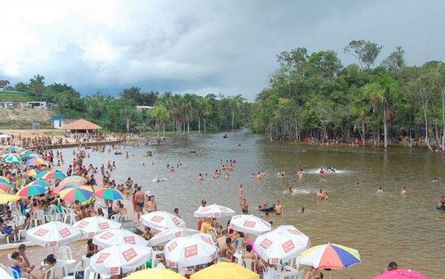Itacoatiara é um município do estado do Amazonas, localiza-se na margem esquerda do rio Amazonas, a 266 km de Manaus pela Rodovia AM-010, na região leste do Estado do Amazonas.O nome Itacoatiara é originário da língua indígena e significa