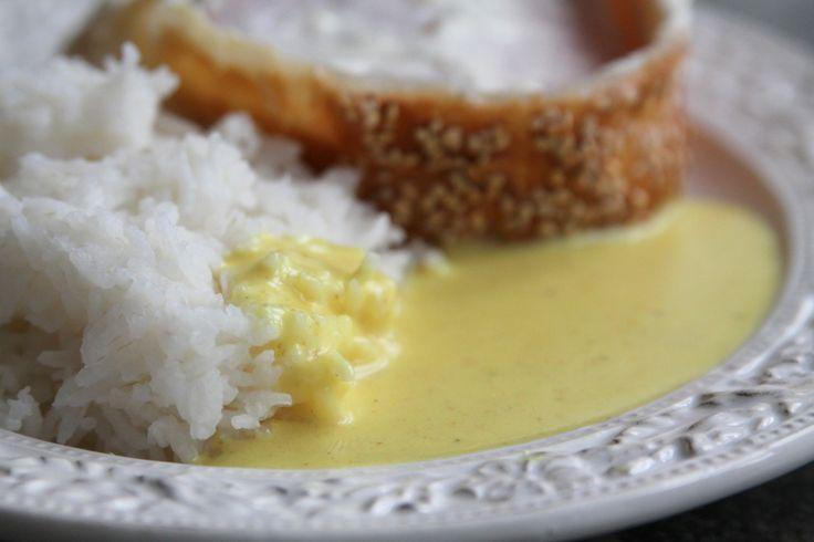Inbakad kassler med ris & currysås