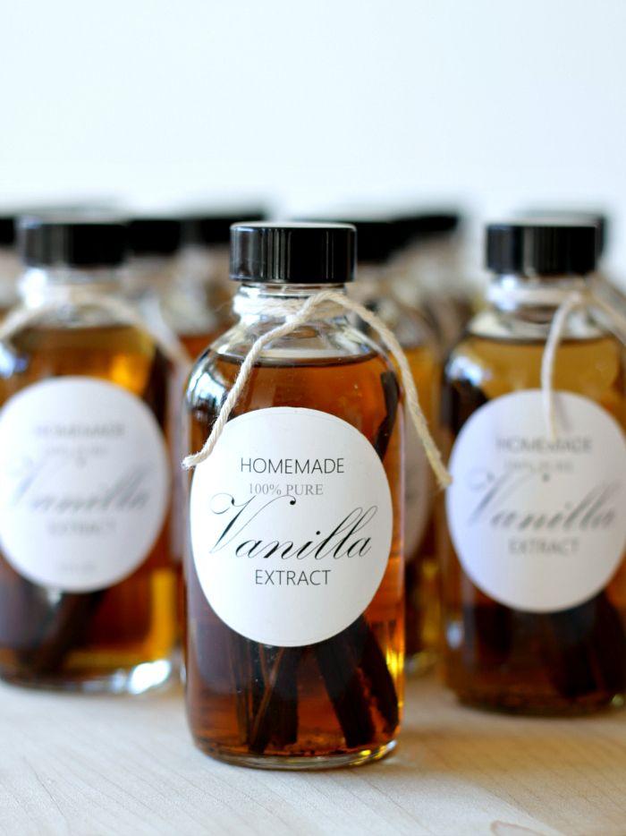 homework: a creative blog: GOOD TASTE: Homemade Vanilla Extract & Free Printable Labels