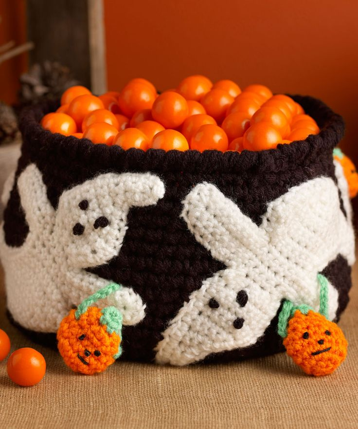 Halloween Knitting Patterns : 45 best Free Crochet Halloween Patterns. images on Pinterest Crochet ideas,...