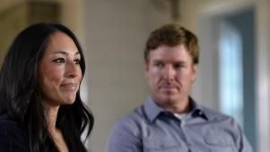 The best parts just got even better! (Or at least longer.) You know those revealing on-camera interview moments with Chip and Joanna on HGTV's Fixer Upper? Check out this collection of outtakes, blown takes, bloopers and raw footage. We think you won't be able to stop watching.