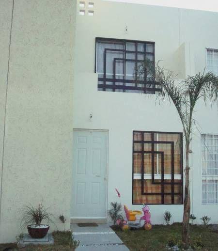 Las 25 mejores ideas sobre rejas para ventanas modernas en for Puertas para dentro de casa