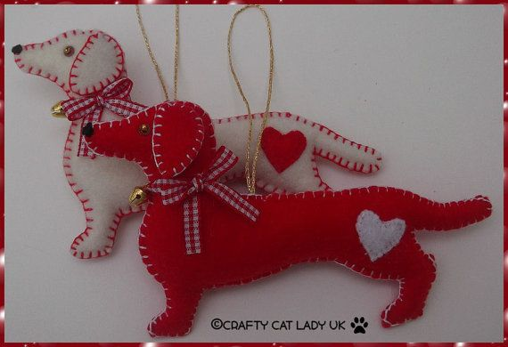 Dachshund/Sausage dog Christmas Tree Ornament - Cream or Red Felt Handmade decoration This sausage dog Christmas tree decoration has been hand