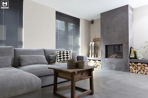 Onze gietvloer op basis van echt beton, stoere meubels, een lichte vergrijsde…: