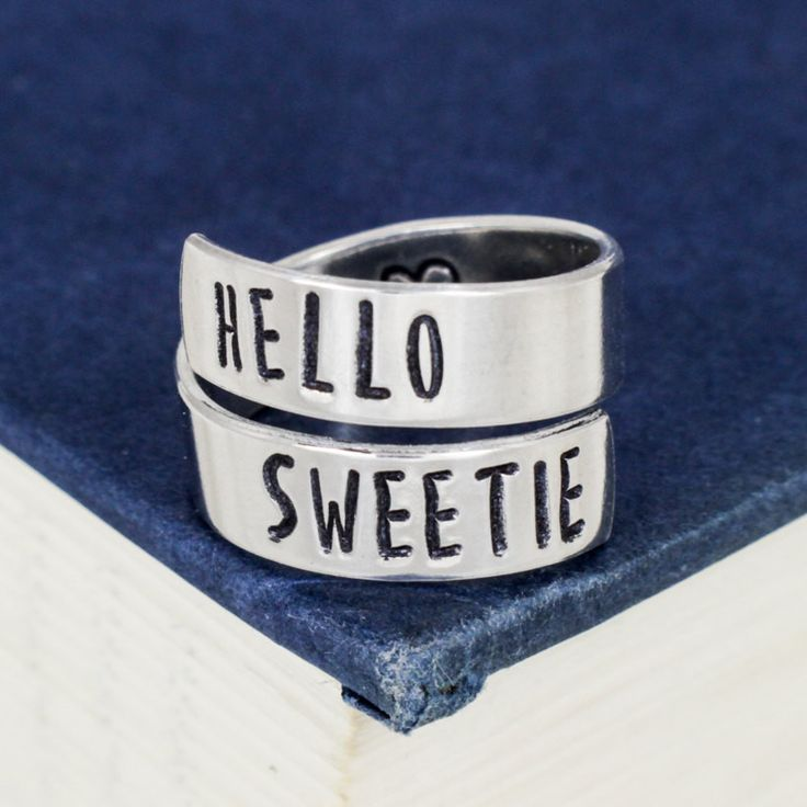 Hello Sweetie - Doctor Who - Heart - Wrap Ring