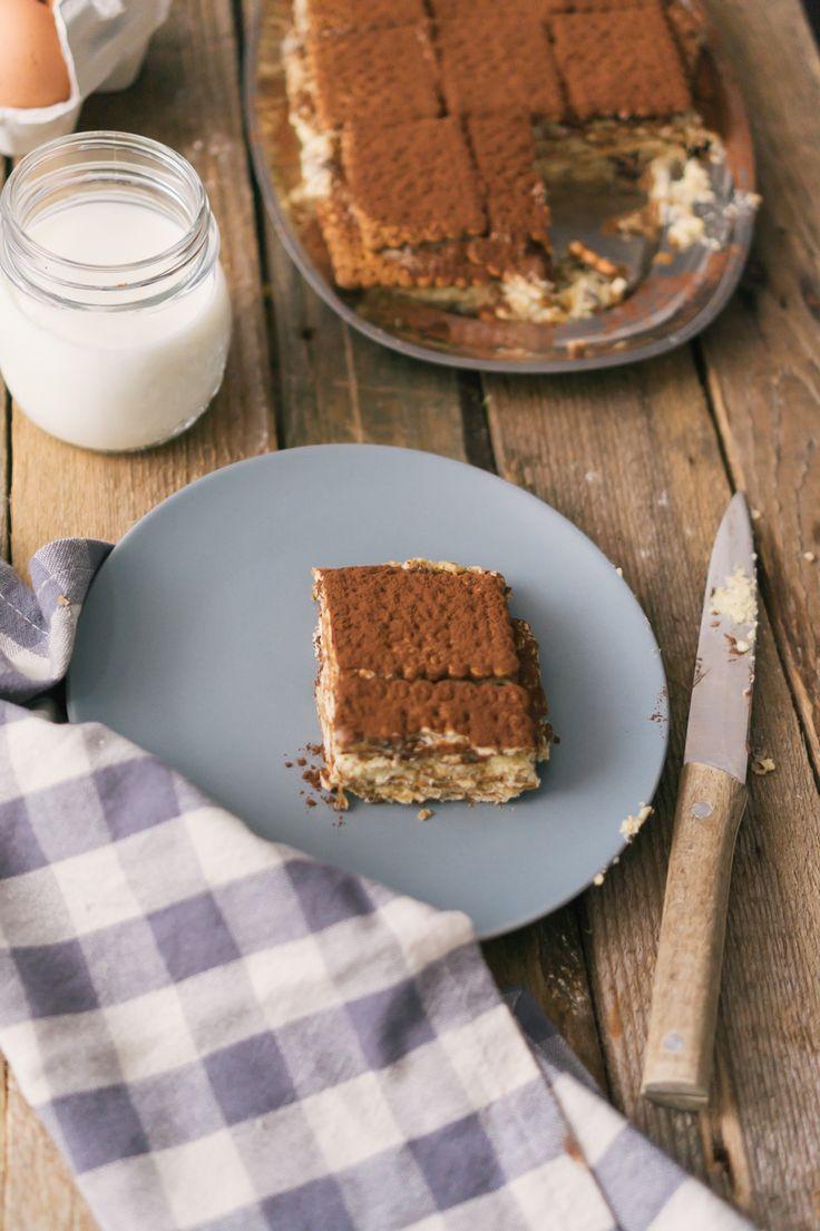 Il dolce mattonella è tipico della regione marche e come tutti i dolci della nostra regione, viene preparato in molte varianti ma io mi sono attenuto a quella di mia nonna.
