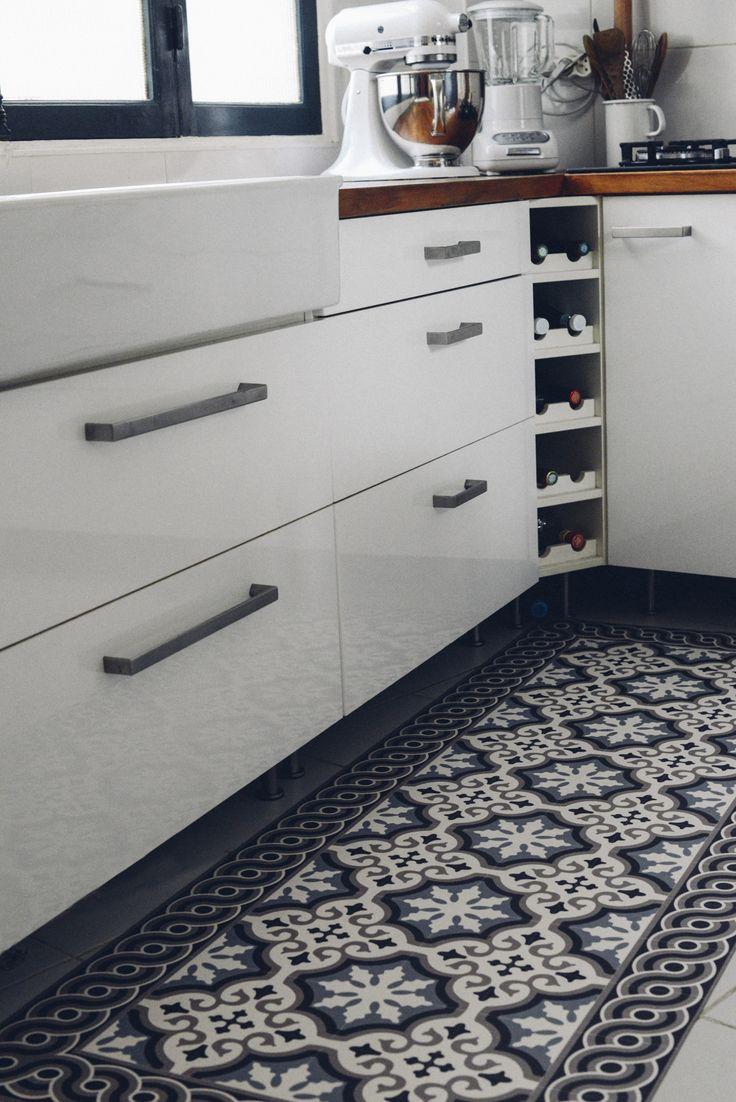 les 33 meilleures images du tableau roquebrune cuisine sur. Black Bedroom Furniture Sets. Home Design Ideas