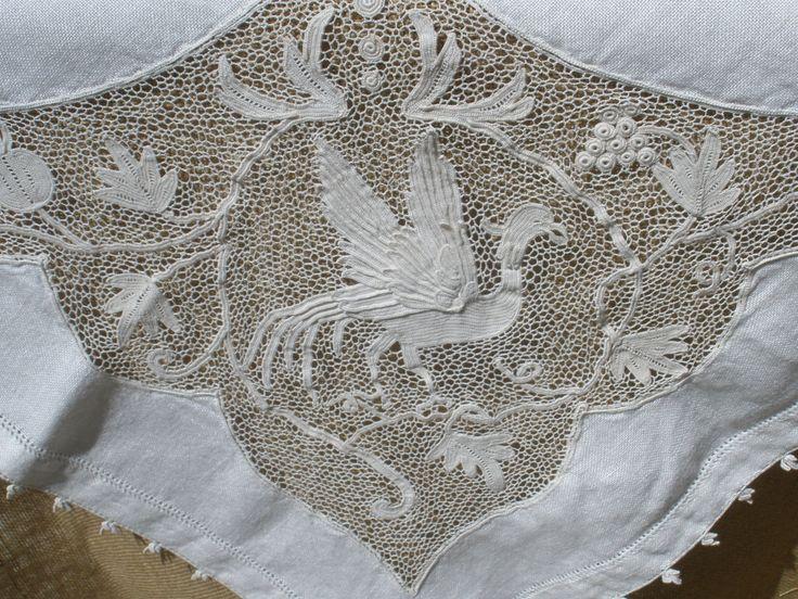 1930's pure linen and Orvieto lace Italian tea от AntiqueLaces, idea for irish crochet