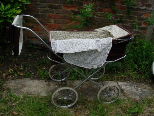 Mothercare Carry Cot Pram.