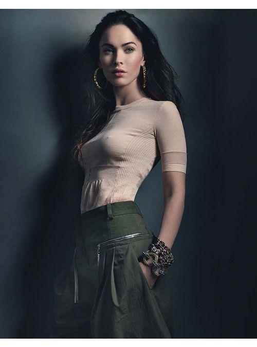 Megan Fox... blah. great pose, lighting, and wardrobe... win!