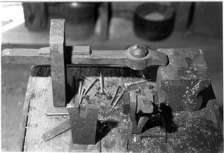 Nail Forging Station Blacksmithing Pinterest