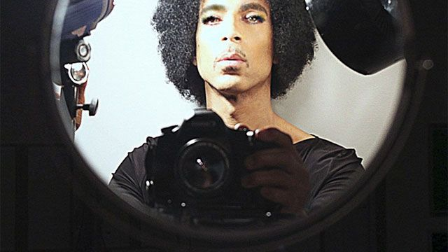 If Prince doesn't win for best selfie, he most certainly wins for best selfie caption.