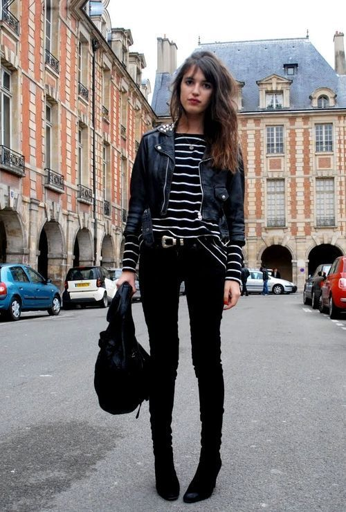 Winter outfit inspiration | Stripes and leather
