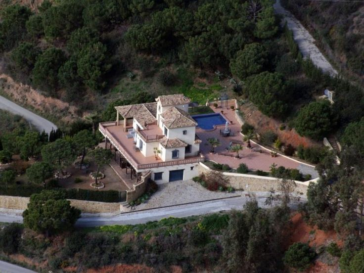 Вилла с видом на море в Эстепона, Малага (Испания)  #Марбелья #Estepona #недвижимость #виллывИспании #Роскошныевиллы #Малага