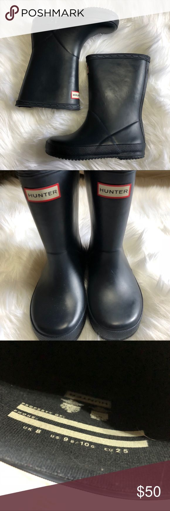 Matte Navy Short Baby Hunter Rain Boot In excellent condition, well taken care of children's Hunter boots. As shown in photos. Heels have slight wear. Hunter Shoes Rain & Snow Boots #babyrainboots