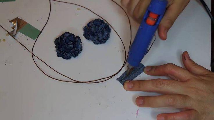 Collar de Flores con tela reciclada.
