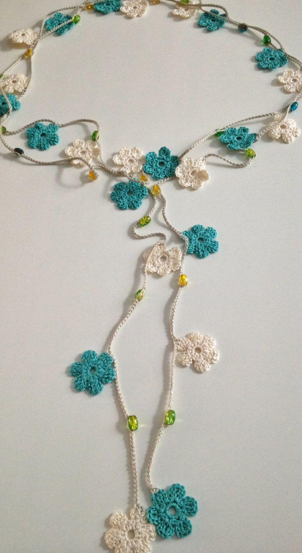 Flores de color azul y crema estilo turco moldeados de por GabyCrochetCrafts