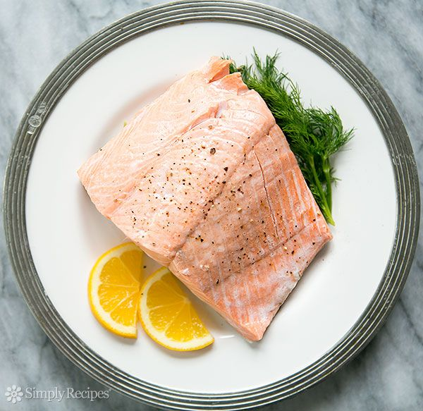 Poached salmon poach delicious salmon steaks or fillets for Poaching fish in wine