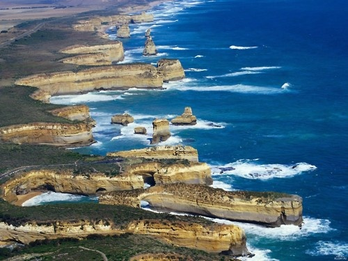 Shipwreck Coast of Victoria, Australia stretches from Moonlight Head to Cape Otway, a distance of approximately 130km