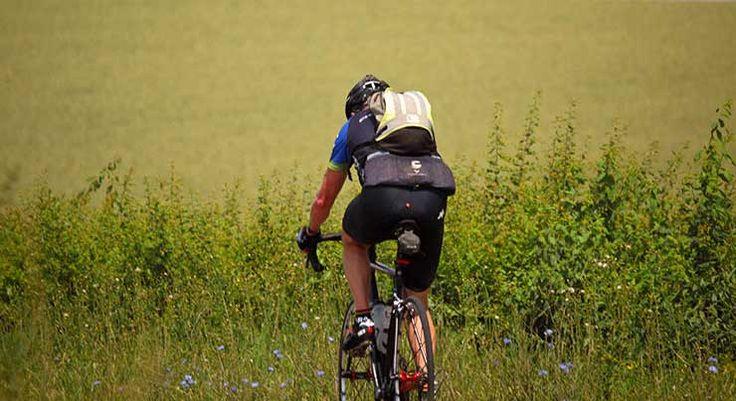 Não confie apenas nas dietas  Sim, você perde peso cortando as calorias da dieta, mas entenda que não é só gordura que você perde restringindo a alimentação (até 30% da perda de peso vem do tecido muscular).   #bike #ciclismo #ciclismo de estrada #dicas de alimentação #DIcas de MTB #mountain bike #mountainbike #speed #ultramaratona de MTB