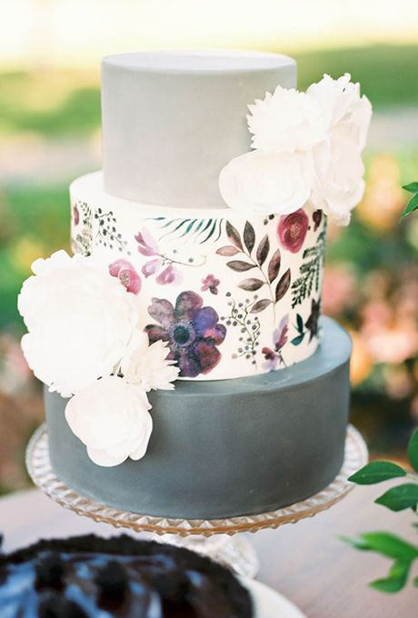 Brides.com: . Working with stationer Caroline Curtin McGah of Lovely Paper Things, cake designer Lindsey Stone of S'more Sweets Bakery transformed one of Caroline's floral paintings into an edible work of art by printing it directly onto wafer paper.   $8 per slice, S'more Sweets Bakery