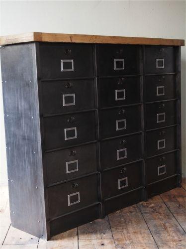 ancien grand meuble 15 casiers industriel strafor plateau chene massif mobilier pinterest. Black Bedroom Furniture Sets. Home Design Ideas