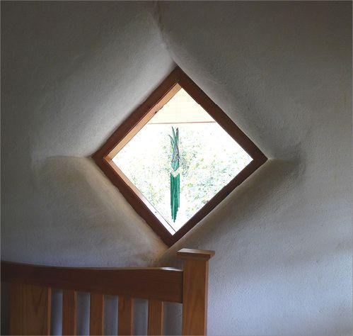 how to open diamond shaped window
