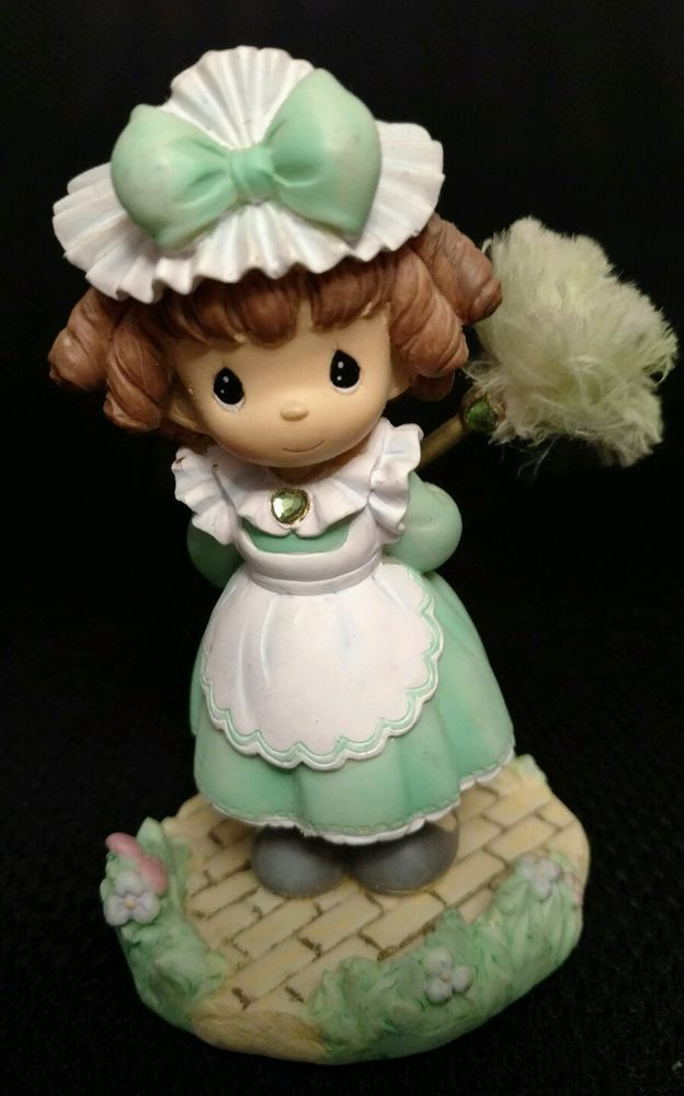 Precious Moments Figurine Wizard of Oz Chamber Maid 2004