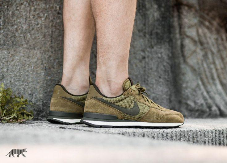 ... Nike Internationalist PRM (Olive Flak Dark Loden - Cashmere) . 6a1477354