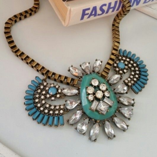 Tribal Blast neckpiece from Zulu Lulu. Email zulululuza@gmail.com. Absolutely adore.