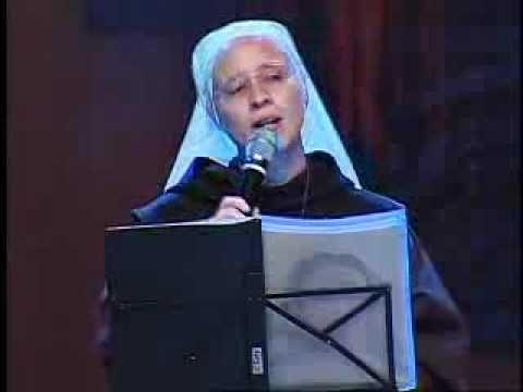 Irmã Kelly Patricia Regaço Acolhedor - YouTube