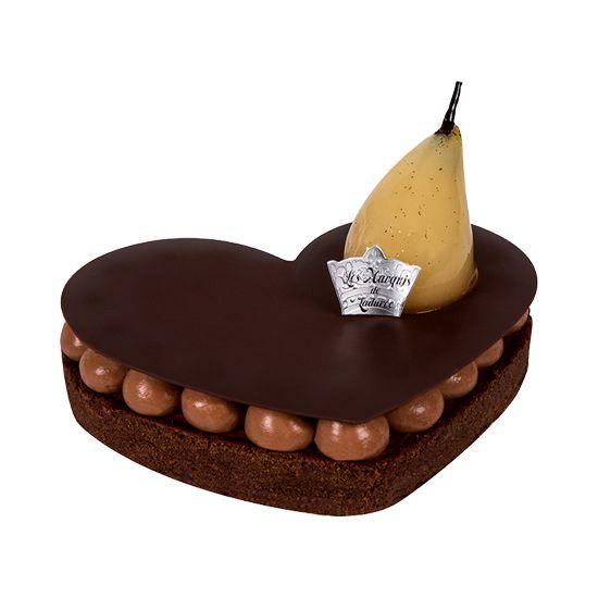 Ladurée Entremets pour deux au mariage exquis de poire et chocolat.