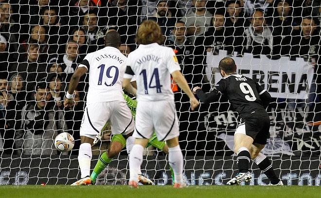 Tottenham vs PAOK 1-2, Dimitris Salpingidis goal!!!