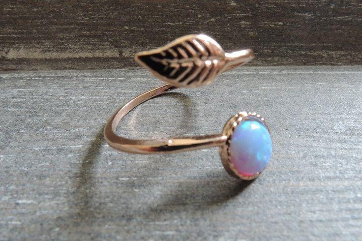 Ringen - Rose gouden Leaf ring blauwe verstelbare takje rin - Een uniek product van MadamebutterflyMeagan op DaWanda