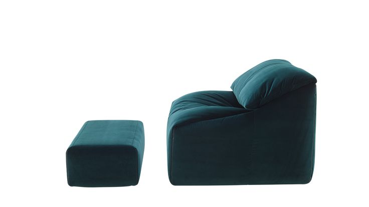 Plumy armchair has an option of angling the back cushions and unfolding the seat cushions that makes possible all kinds of positions for sitting and relaxing! By Ligne Roset 2016 Collection