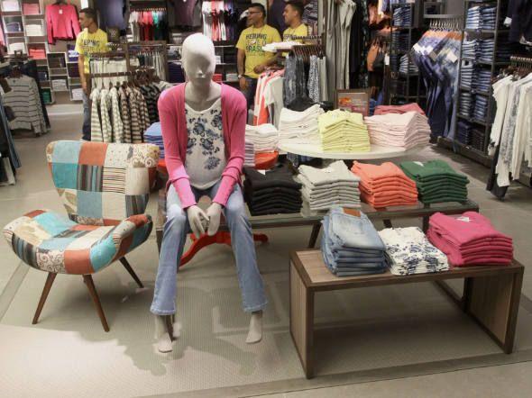 Diretor disse que não vê ameaça ao plano da companhia de abrir 70 lojas Hering Store e 30 lojas Hering Kids em 2014