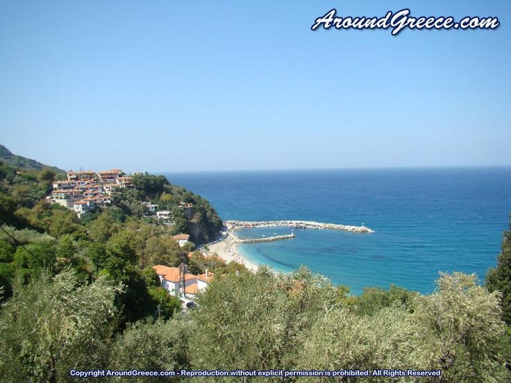 The coastal resort of Agios Ioannis  http://www.aroundpelion.com