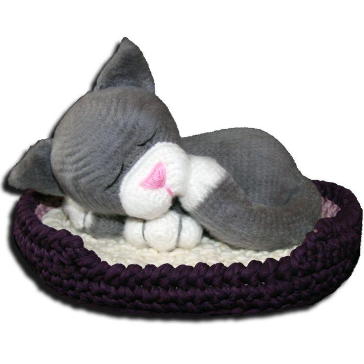 Schlafende Katze häckeln.....auf der Seite gibt es die kostenlose Anleitung