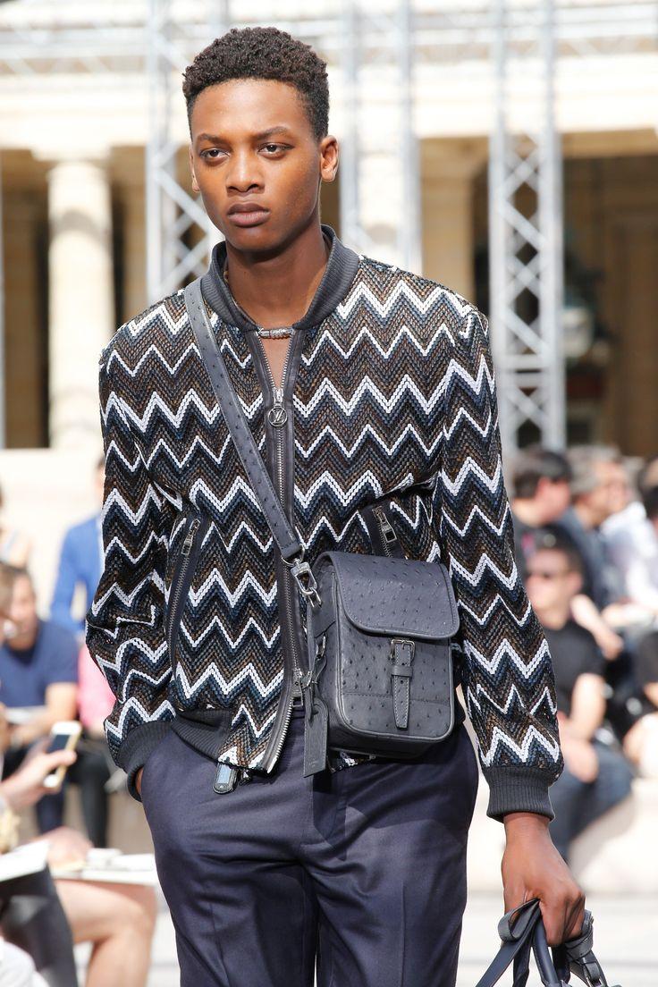 Louis vuitton fashion show men dresses