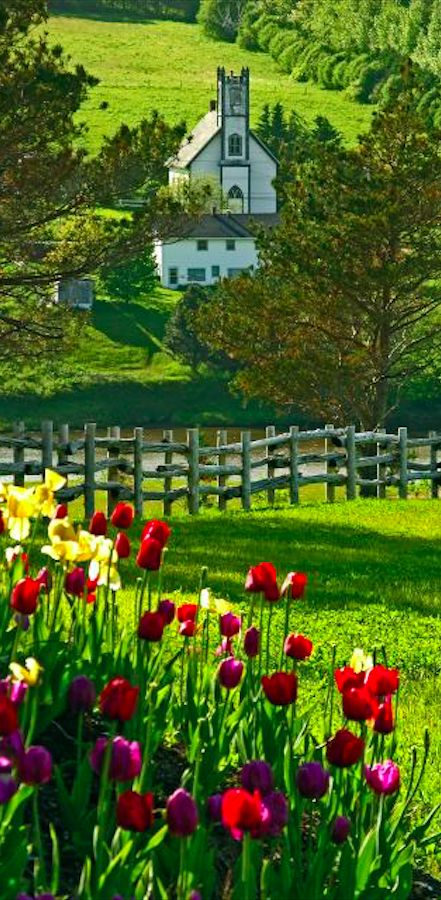 New Glasgow, Prince Edward Island, Canada • photo: Leona Arsenault