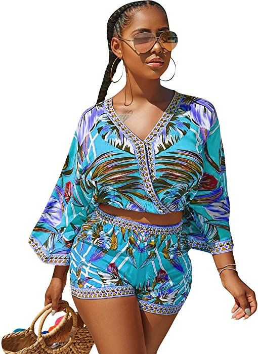 bc41749fc89 Amazon.com  Womens Plus Size African Print Inspired Bohemian Tops and  Shorts Set Blue M  Clothing