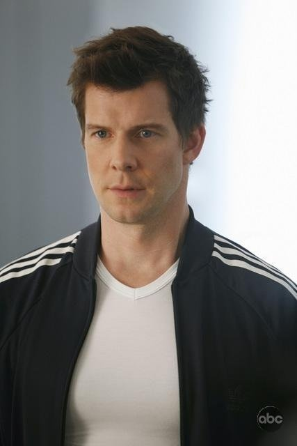 Eric Mabius - Who doesn't like/love him in Ugly Betty?