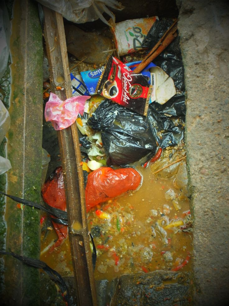 Rubbish in the drains - Jakarta