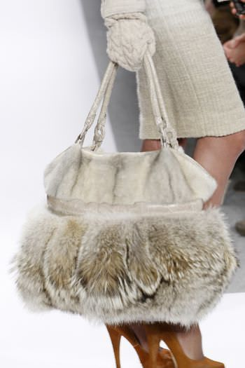 Gorgeous Coyote Fur Bag ~ this would be awesome for our blustery winters