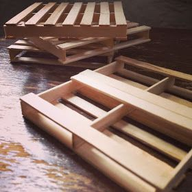 Crafty Lumberjacks: Popsicle stick pallet coasters.
